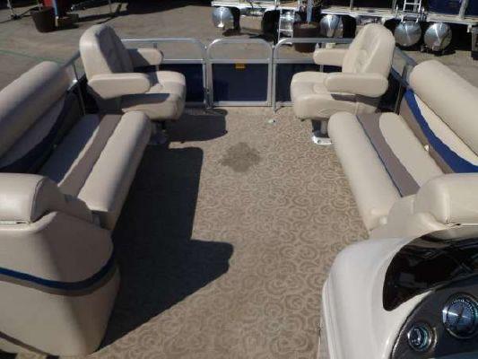 South Bay 522FC TT 2011 All Boats