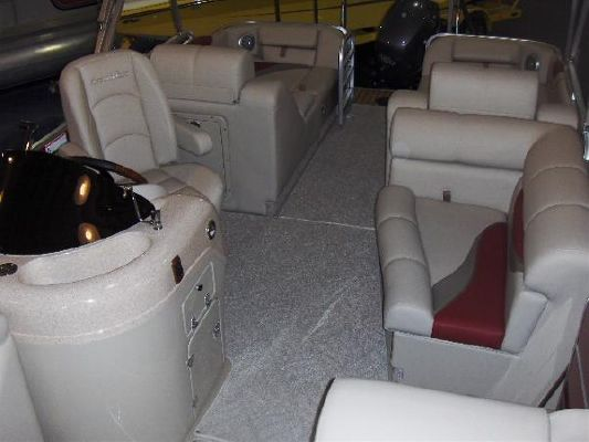 South Bay 724SLTT 2011 All Boats