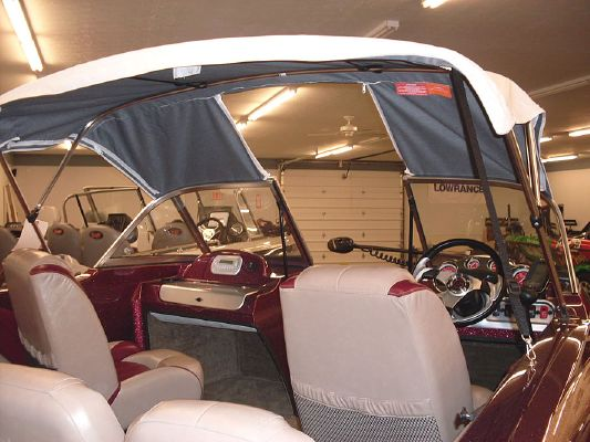 Stratos 486 SF 2011 All Boats