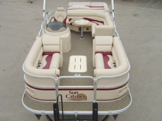 Sun Catcher LX3 22C 2011 Sun Tracker Boats for Sale