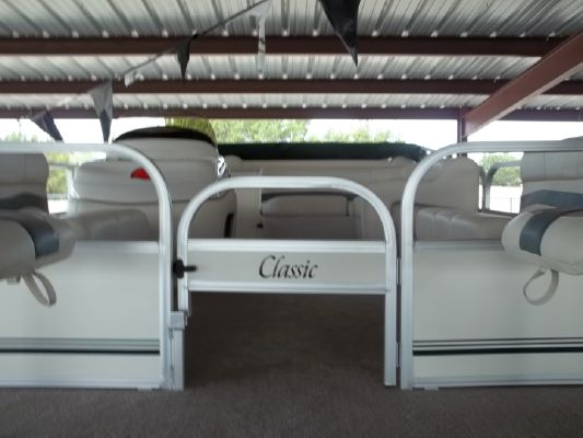 Sun Tracker Classic Pontoon Boat 20 2011 Pontoon Boats for Sale Sun Tracker Boats for Sale