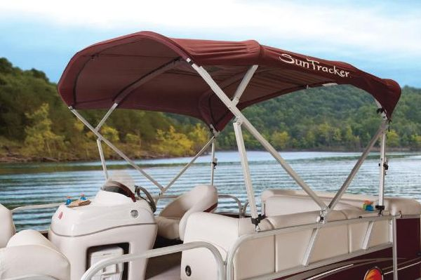 2011 Sun Tracker Party Barge 21 Signature Series Boats