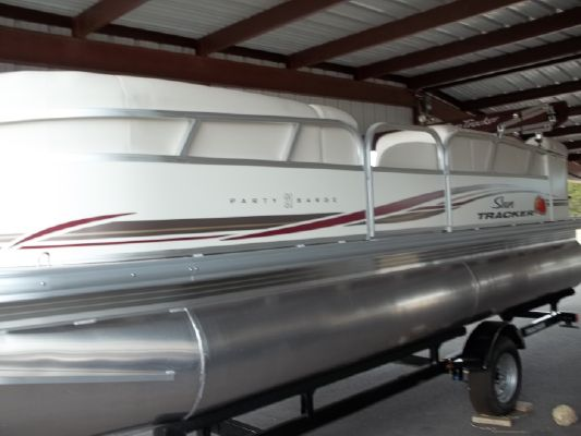 Sun Tracker Signature PB 21 2011 Sun Tracker Boats for Sale