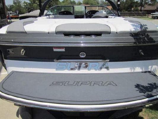 Supra 22V Launch 2011 All Boats