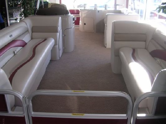 Sweetwater 220 WB 2011 Sweetwater Pontoon Boat
