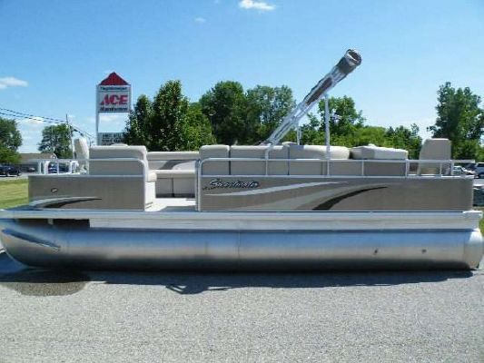 Sweetwater 2286 FC 2011 Sweetwater Pontoon Boat
