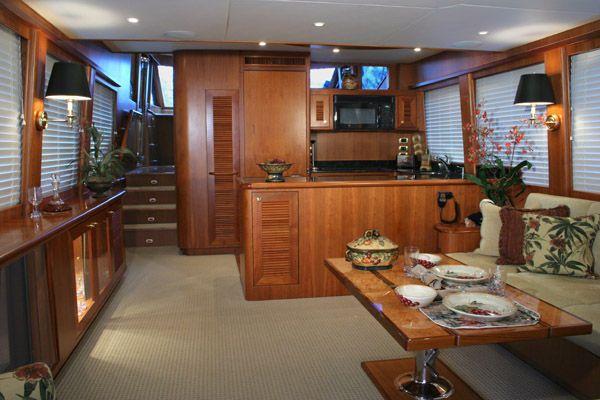 Symbol LUXURY PILOTHOUSE/Crew cabin 2011 Pilothouse Boats for Sale