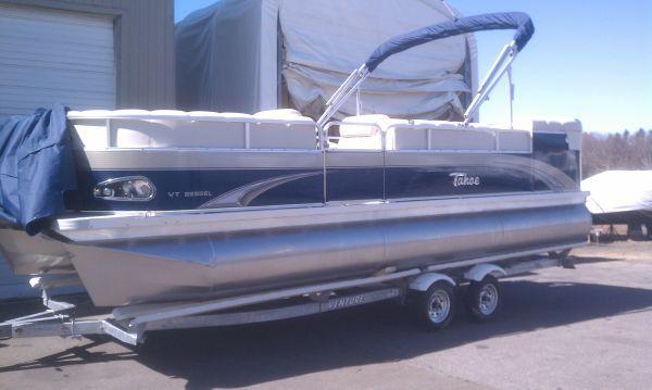 Tahoe Pontoon Vista 2011 Pontoon Boats for Sale