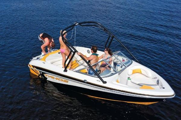 Welcome to the 24 Hour Showroom of Bass Pro Shops Tracker Boat Center SPRINGFIELD. The premier pontoon, bass, and fishing boat dealer in Springfield, MO.