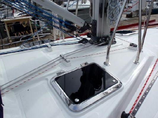 2011 tayana center cockpit  60 2011 Tayana Center Cockpit