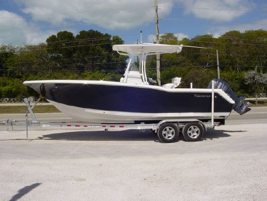 TIDEWATER BOATS 23 CC ADVENTURE 2011 Tidewater Boats for Sale