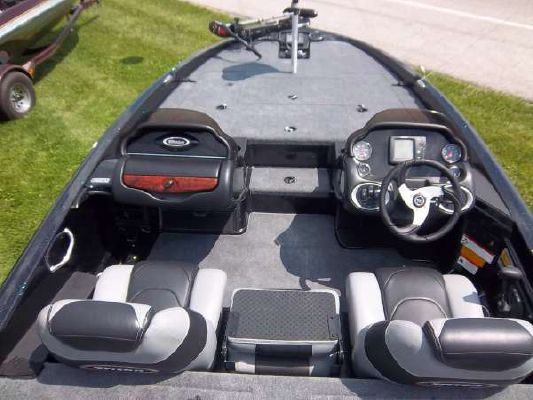 TRITON BOATS 19SE 2011 Triton Boats for Sale