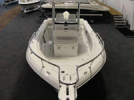 TRIUMPH BOATS 215 CC 2011 All Boats