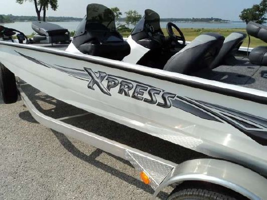 Xpress Boats For Sale >> 2011 Xpress X19 SS - Boats Yachts for sale