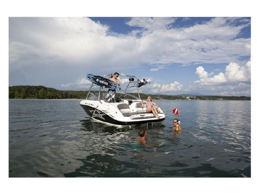 Yamaha SPORT BOAT AR210 2011 Ski Boat for Sale