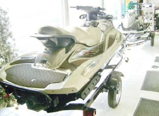 Yamaha Waverunner FX Cruiser SHO 2011 Ski Boat for Sale