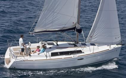 2012 beneteau 31 oceanis  1 2012 Beneteau 31 Oceanis