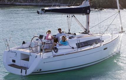 2012 beneteau 31 oceanis  2 2012 Beneteau 31 Oceanis