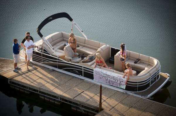 Bennington 2550 RCLC 2012 Bennington Pontoon Boats for Sale