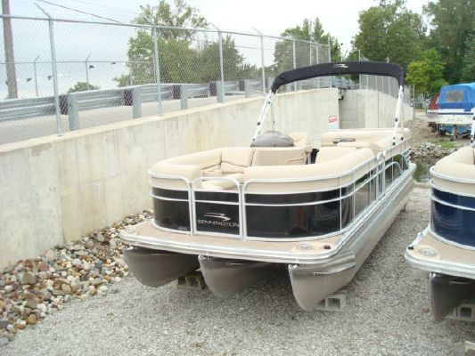 Bennington pontoon 2274 GL 2012 Bennington Pontoon Boats for Sale Pontoon Boats for Sale