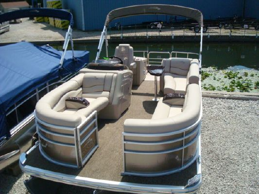 Bennington PONTOON 2275RCW 2012 Bennington Pontoon Boats for Sale Pontoon Boats for Sale