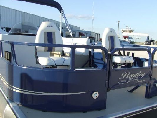 Bentley ENCORE 200 Fish/RE 2012 All Boats