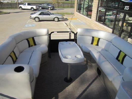 Bentley Encore 220 CRUISE 2012 All Boats