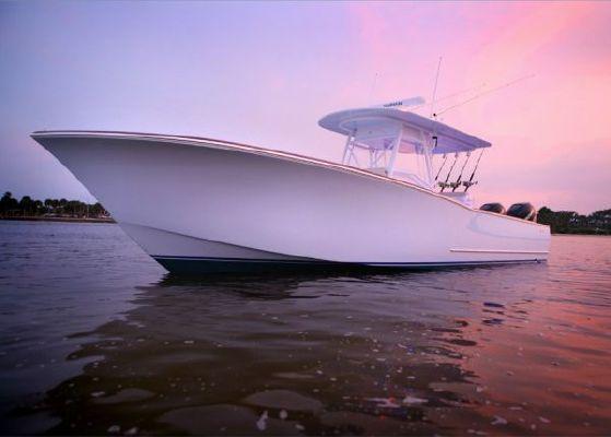 Bonadeo Boatworks ( like Garlington, Custom Carolina) 34 CC 2012 All Boats