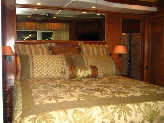 2012 bravada houseboat  23 2012 Bravada Houseboat