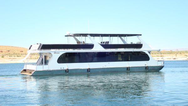 2012 bravada houseboat  31 2012 Bravada Houseboat