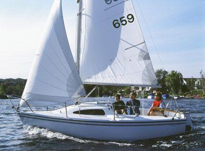 Catalina 18 2012 Catalina Yachts for Sale