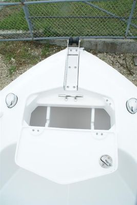 EVERGLADES BOATS 230 CC 2012 Everglades Boats for Sale