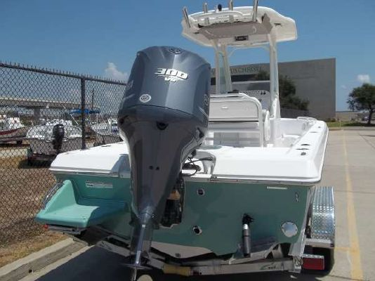 EVERGLADES BOATS 243CC 2012 Everglades Boats for Sale