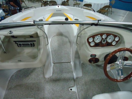 Glastron GT 185 2012 All Boats