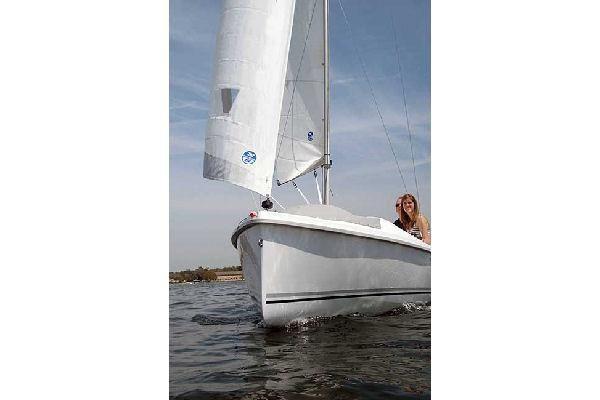 Hunter 18 2012 All Boats