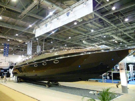 Hunton Powerboats XRS 43 2012 All Boats