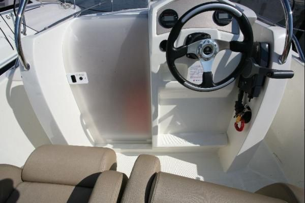 Jeanneau Cap Camarat 6.5CC 2012 Jeanneau Boats for Sale