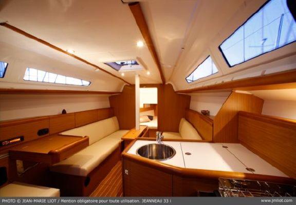 Jeanneau Sun odyssey 33i 2012 Jeanneau Boats for Sale