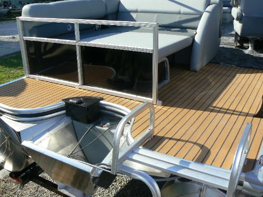Boats for Sale & Yachts Lowe Platinum 25 2012 All Boats
