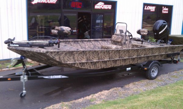roughneck 2070 cc lowe boats - 600×359