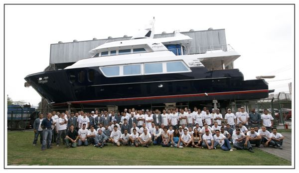 MCP Yachts GFT 98' HT 2012 All Boats