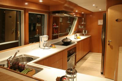 MCP Yachts GFT 98' S 2012 All Boats