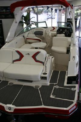 Monterey M 2012 Monterey Boats for Sale,