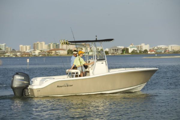 NAUTIC STAR 2000 CC Off Shore/ Yamaha OB 2012 All Boats