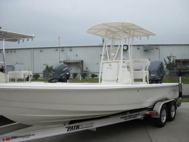 Pathfinder 2400 T.E. 2012 All Boats