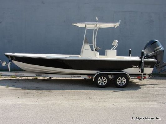 Pathfinder 2400 TRS 2012 All Boats