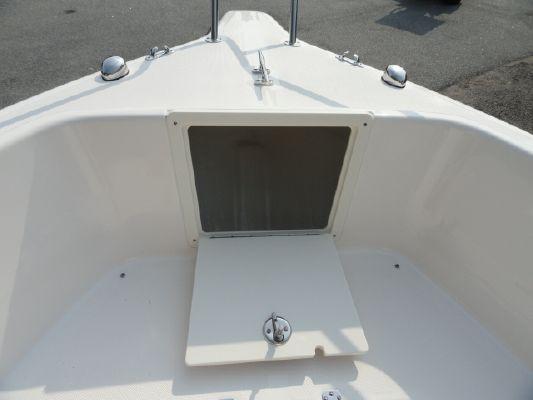 Pursuit C200 2012 All Boats