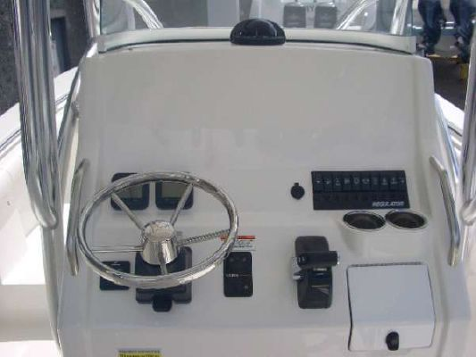 Regulator 23 F/S 2012 Regulator Boats for Sale