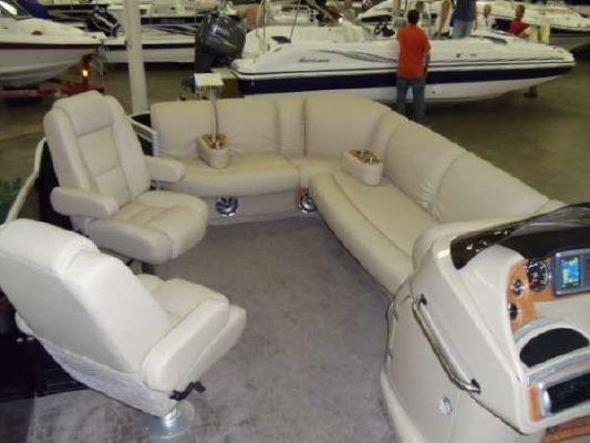 Sanpan 2500 3 gate 2012 All Boats
