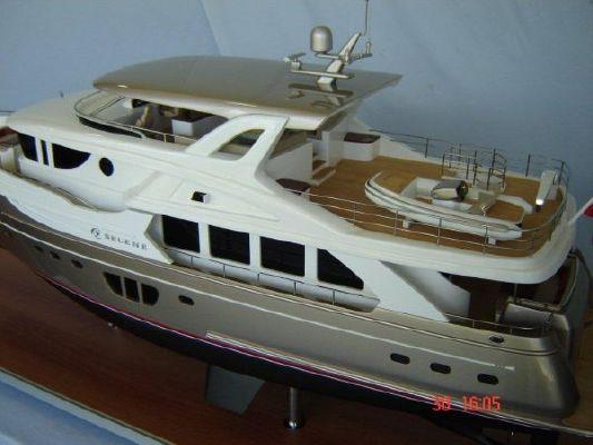 2012 selene 92 ocean explorer  7 2012 Selene 92 Ocean Explorer